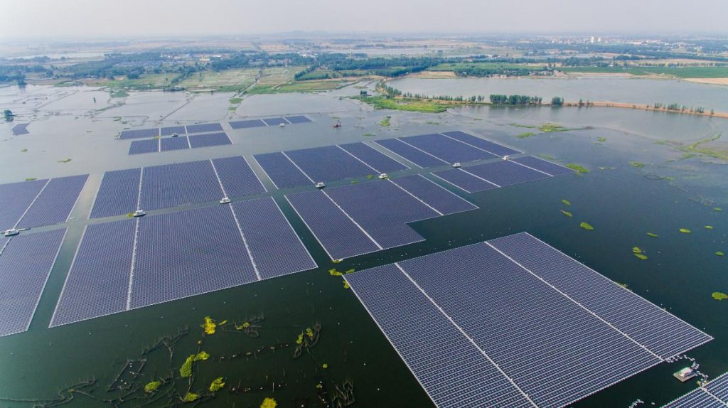 Floating Solar Arrays Are the Wave of the Future